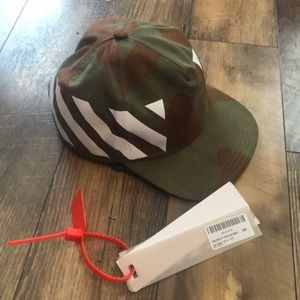 Off-White Camouflage hat